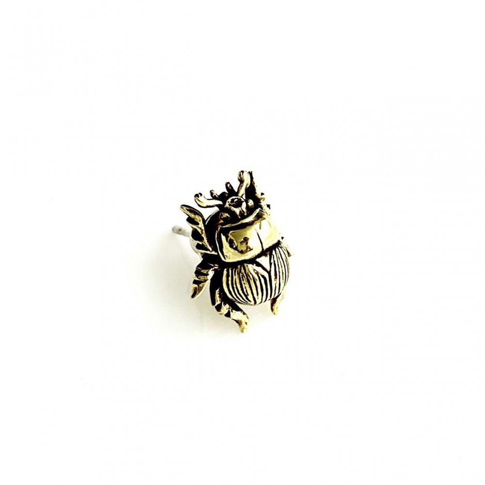 センチコガネピアス 真鍮