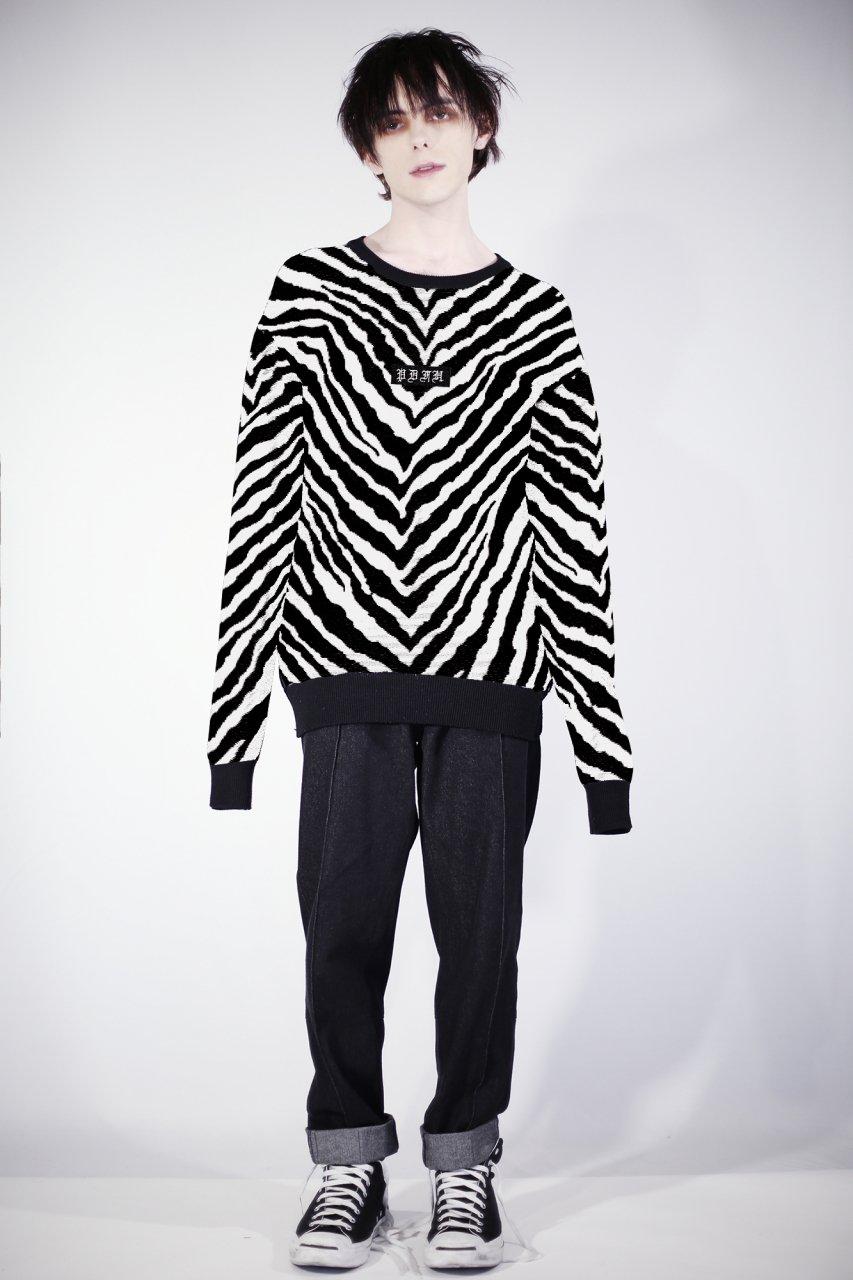<予約>Zebra knit (logo embroidery) <8月発送>