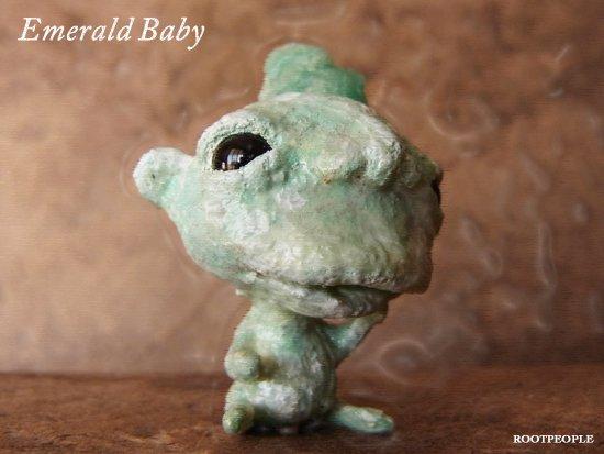 エメラルドベビーの妖精