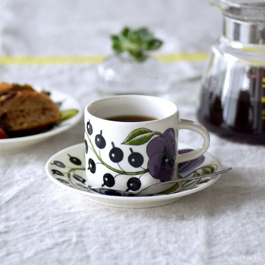 ARABIA│アラビア[Paratiisi(パラティッシ)パープル]コーヒーカップ&ソーサー
