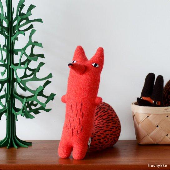 Donna Wilson│ドナ・ウィルソン Cyril Squirrel Fox(キリル・スクイリル)
