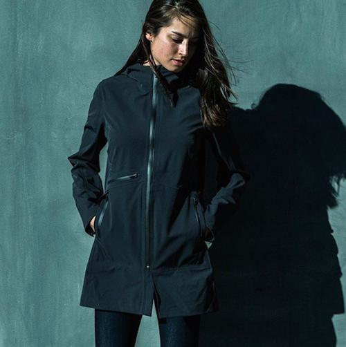 AETHER /GALE RAIN JACKET-BLACK 大人女性が本当に着たいレインジャケット