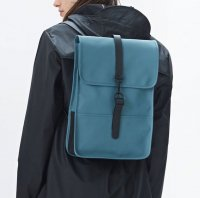 RAINS レインズ /  BACKPACK Mini -PACIFIC デンマーク発。<br>雨の日が楽しくなるシンプル仕様のちょっと小さめバックパック<img class='new_mark_img2' src='//img.shop-pro.jp/img/new/icons50.gif' style='border:none;display:inline;margin:0px;padding:0px;width:auto;' />