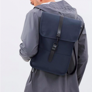 RAINS レインズ /  BACKPACK Mini -BLUE  デンマーク発。<br>雨の日が楽しくなるシンプル仕様のちょっと小さめバックパック<img class='new_mark_img2' src='https://img.shop-pro.jp/img/new/icons50.gif' style='border:none;display:inline;margin:0px;padding:0px;width:auto;' />