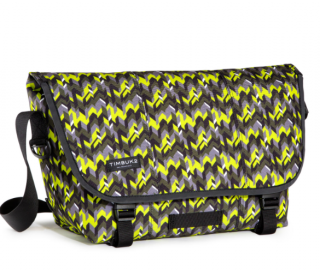 TIMBUK2 ティンバック2 /<br>CLASSIC Messenger M -<br>Chevron Pop Print<br>2017年限定カラーが登場!<img class='new_mark_img2' src='https://img.shop-pro.jp/img/new/icons50.gif' style='border:none;display:inline;margin:0px;padding:0px;width:auto;' />