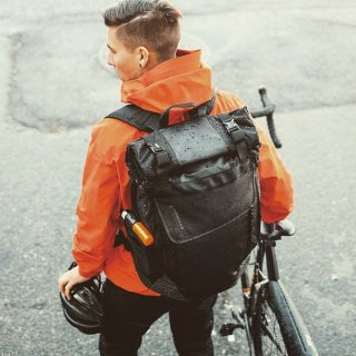 TIMBUK2/ Especial Tres Backpack -BLACK 全天候型のサイクリストの為のバックパック<img class='new_mark_img2' src='https://img.shop-pro.jp/img/new/icons50.gif' style='border:none;display:inline;margin:0px;padding:0px;width:auto;' />