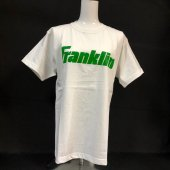 <img class='new_mark_img1' src='https://img.shop-pro.jp/img/new/icons1.gif' style='border:none;display:inline;margin:0px;padding:0px;width:auto;' />【Franklin】限定!Tシャツ <br>ホワイト/グリーン ¥2200+税