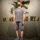 <img class='new_mark_img1' src='https://img.shop-pro.jp/img/new/icons5.gif' style='border:none;display:inline;margin:0px;padding:0px;width:auto;' />glove studio RYU Summer limited item RYU Design Tシャツ