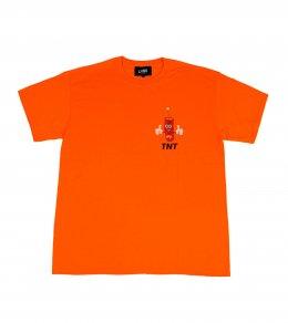 DYNAMITE Tシャツ
