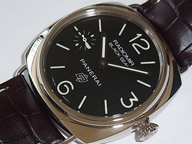 パネライ ラジオミール ブラックシール ロゴ PAM00380 国内正規品