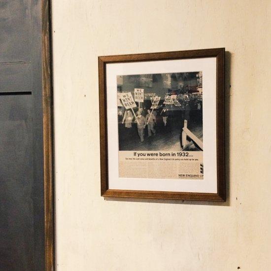 インテリアポスター / ウィーウォントビールパレード -BORN IN 1932(INTERIOR POSTER / WE WANT BEER PARADE -BORN IN 193…
