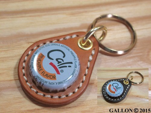BEER BOTTLE CAP KEY RING / Cali(ビアボトルキャップキーリング / カリ)