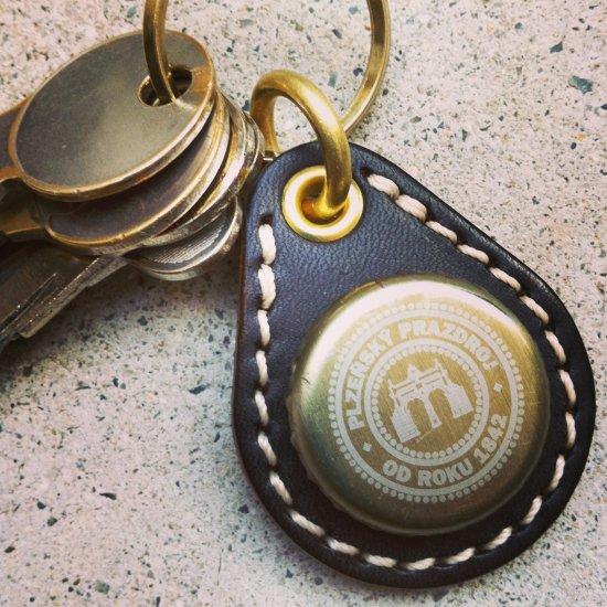 BOTTLE CAP KEY RING / Pilsner Urquell(ボトルキャップキーリング / ピルスナーウルケル)