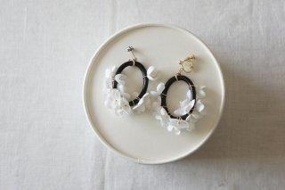 Earring or Pierce / monotone Annabel & Wood