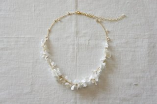<img class='new_mark_img1' src='https://img.shop-pro.jp/img/new/icons47.gif' style='border:none;display:inline;margin:0px;padding:0px;width:auto;' />Necklace / monotone Annabel & Pearl