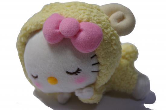 【即納】送料込 2015年   ハローキティ  干支ぬいぐるみ(ひつじ) 定価1,980円+600円