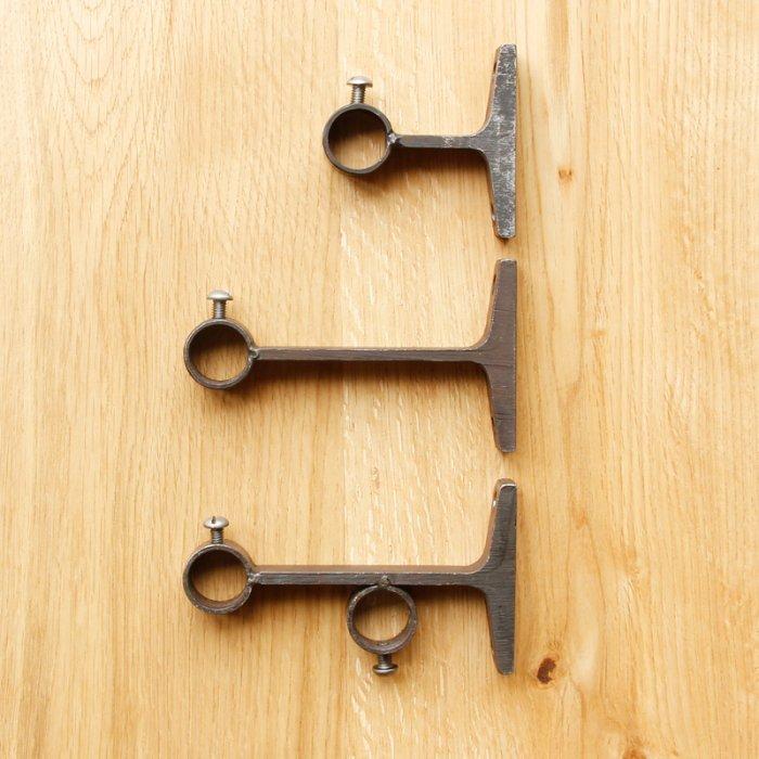 カーテンレールブラケット21.7mm(10/31で販売終了)