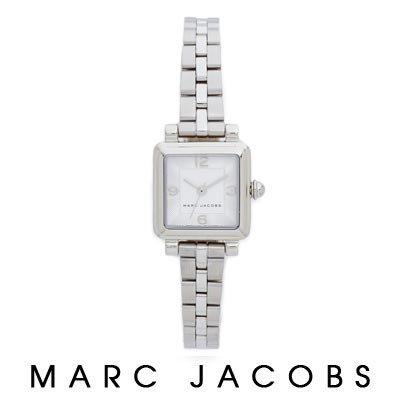 Watch (M8000474)