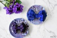 【写真素材】ラブリボン、青のオードリーと紫キャメロン、花、大理石(Mサイズ)