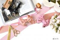 【写真素材】ラブリボン、ピンク、キャメロン、バラ花束、裁縫セット(Sサイズ)