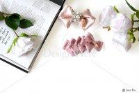 【写真素材】ラブリボン、ピンク、ミランダ、スカーレット、白いバラ、洋書(Mサイズ)