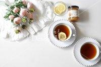 【写真素材】ジュールフィン、ピンクバラ花束、紅茶、ティータイム(Mサイズ)