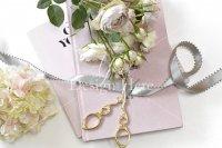 【写真素材】ジュールフィン、ピンクの洋書、グレーサテンリボン、洋裁(Sサイズ)
