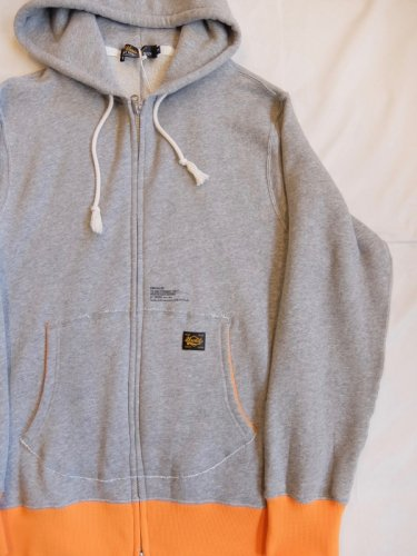 UNRIVALED WSZIP-HOODED