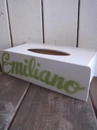 Emiliano real moving men Tissue case