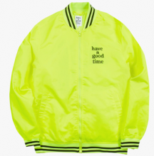 <img class='new_mark_img1' src='//img.shop-pro.jp/img/new/icons15.gif' style='border:none;display:inline;margin:0px;padding:0px;width:auto;' />haveagoodtime VERSITY jacket neon
