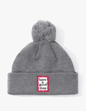 <img class='new_mark_img1' src='//img.shop-pro.jp/img/new/icons14.gif' style='border:none;display:inline;margin:0px;padding:0px;width:auto;' />2017FW POM FRAME BEANIE GREY
