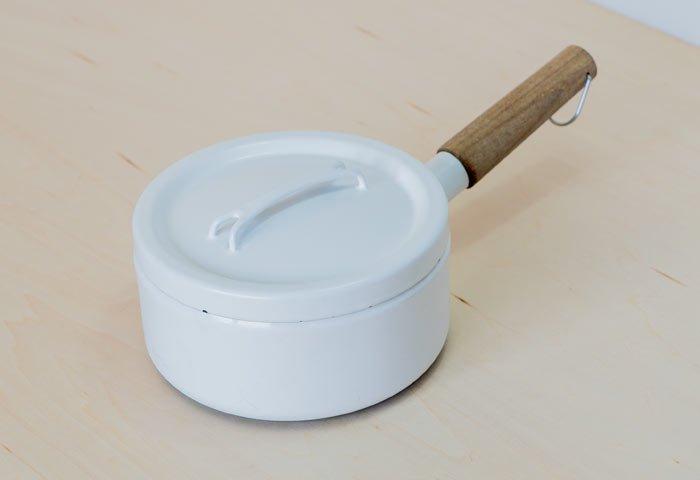 FINEL(フィネル)/ チークの取っ手のホーローの片手鍋(ホワイト) / フィンランド / ビンテージ / K0088  画像02