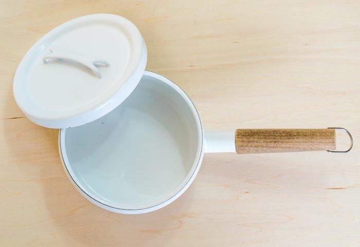 FINEL(フィネル)/ チークの取っ手のホーローの片手鍋(ホワイト) / フィンランド / ビンテージ / K0088  画像04