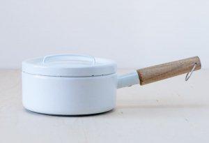 FINEL(フィネル)/ チークの取っ手のホーローの片手鍋(ホワイト) / フィンランド / ビンテージ / K0088