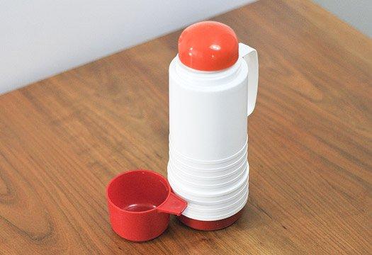 プラスチック魔法瓶(白+赤)/スウェーデン/ビンテージ  画像03