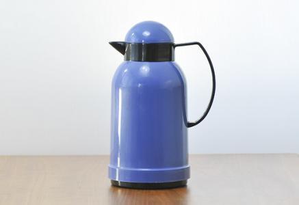 北欧で使われていたプラスチック製の魔法瓶(青)/ビンテージ