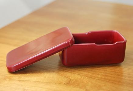 Rorstrand(ロールストランド)/Rubinー陶器のバターケース(小)/スウェーデン/ビンテージ