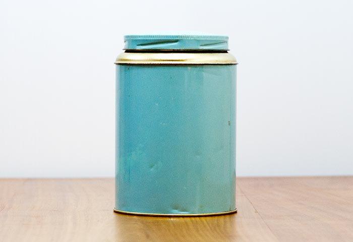 北欧で使われていた、ブリキ缶(水色) 画像