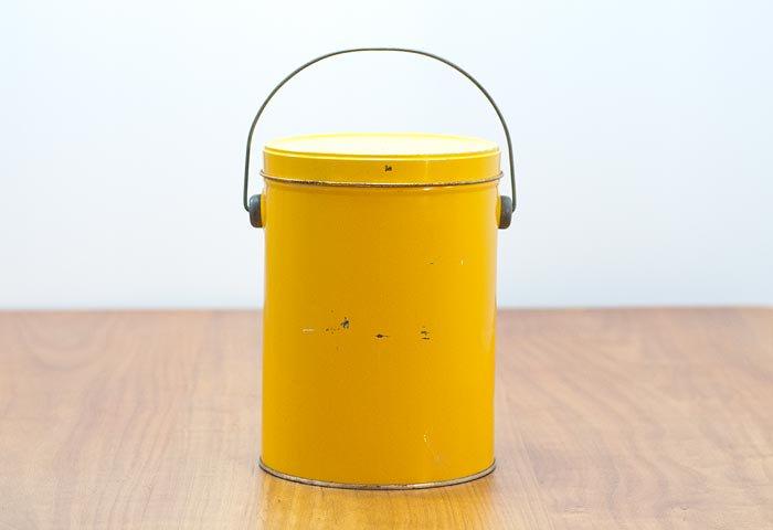 北欧で使われていた、ブリキ缶(黄色) 画像
