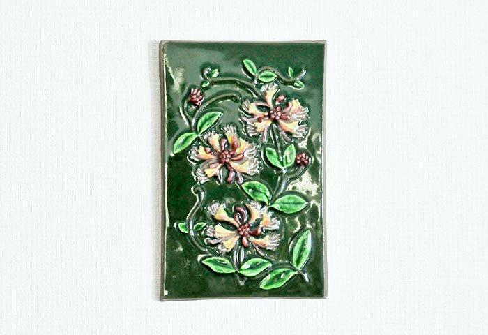 Jie Gantofta(Jie釜)/ピンクのお花の陶器の壁掛け/スウェーデン 画像