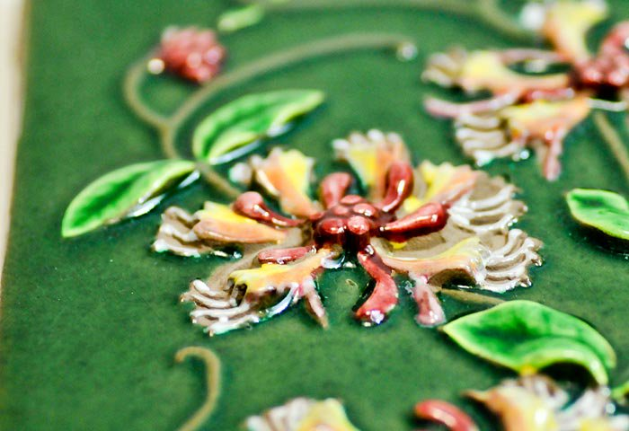 Jie Gantofta(Jie釜)/ピンクのお花の陶器の壁掛け/スウェーデン  画像03