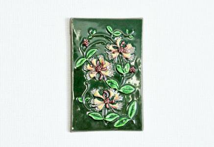 Jie Gantofta(Jie釜)/ピンクのお花の陶器の壁掛け/スウェーデン