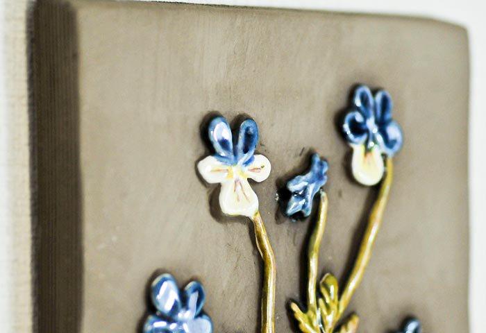 Jie Gantofta(Jie釜)/青と白いお花の陶器の壁掛け/スウェーデン  画像03