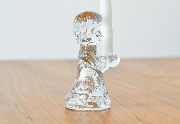 北欧で使われていた、ガラスでできた少女のキャンドルスタンド  画像03