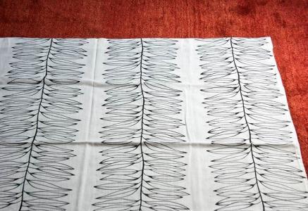 北欧で使われていた、葉っぱのモチーフのカーテン/ビンテージ
