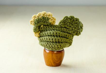 北欧で使われていた、毛糸で編まれたニワトリのエッグカバー(グリーン)/ビンテージ