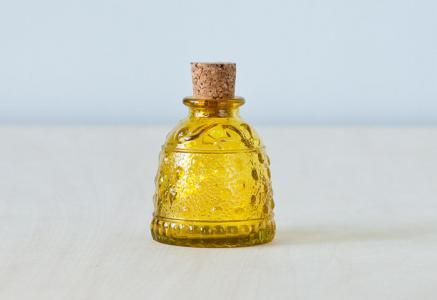 北欧で使われていた、ガラスの小瓶/ビンテージ