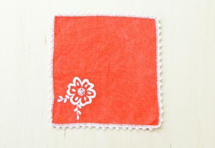 北欧で使われていた、刺繍のドイリー/ビンテージ/F0105