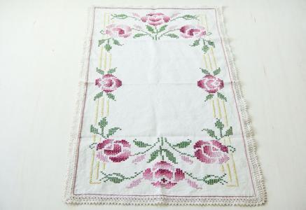 北欧で使われていた、刺繍のセンタークロス/ビンテージ/F0090