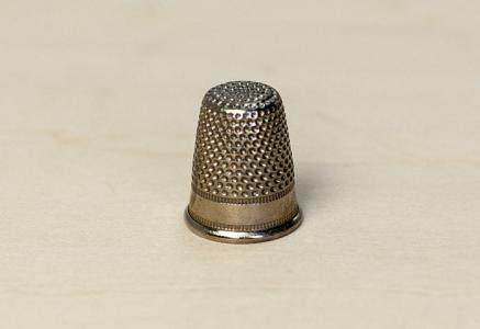北欧で使われていた、ビンテージの指貫(シンブル) / ビンテージ / S0044